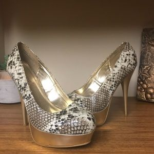 Dollhouse Sexy platform heels